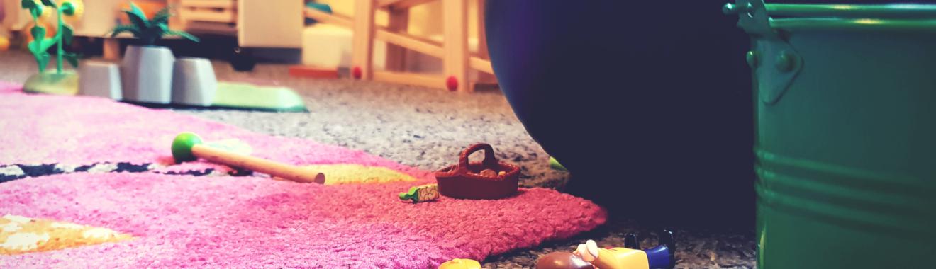 Kinderzimmer aufräumen: Muss mein Kind helfen? Motivation ohne Zwang!