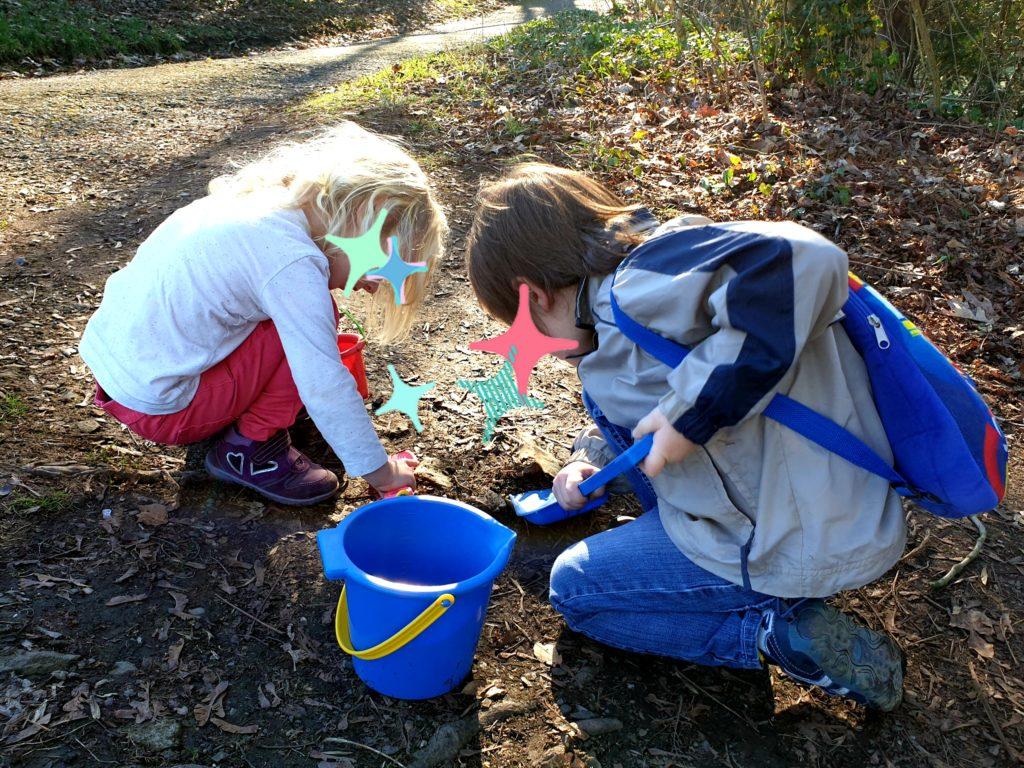 Wochenende in Bildern 23./24.2 Sonntag freies Spielen im Wald