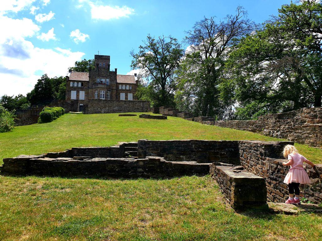 Burg Isenburg