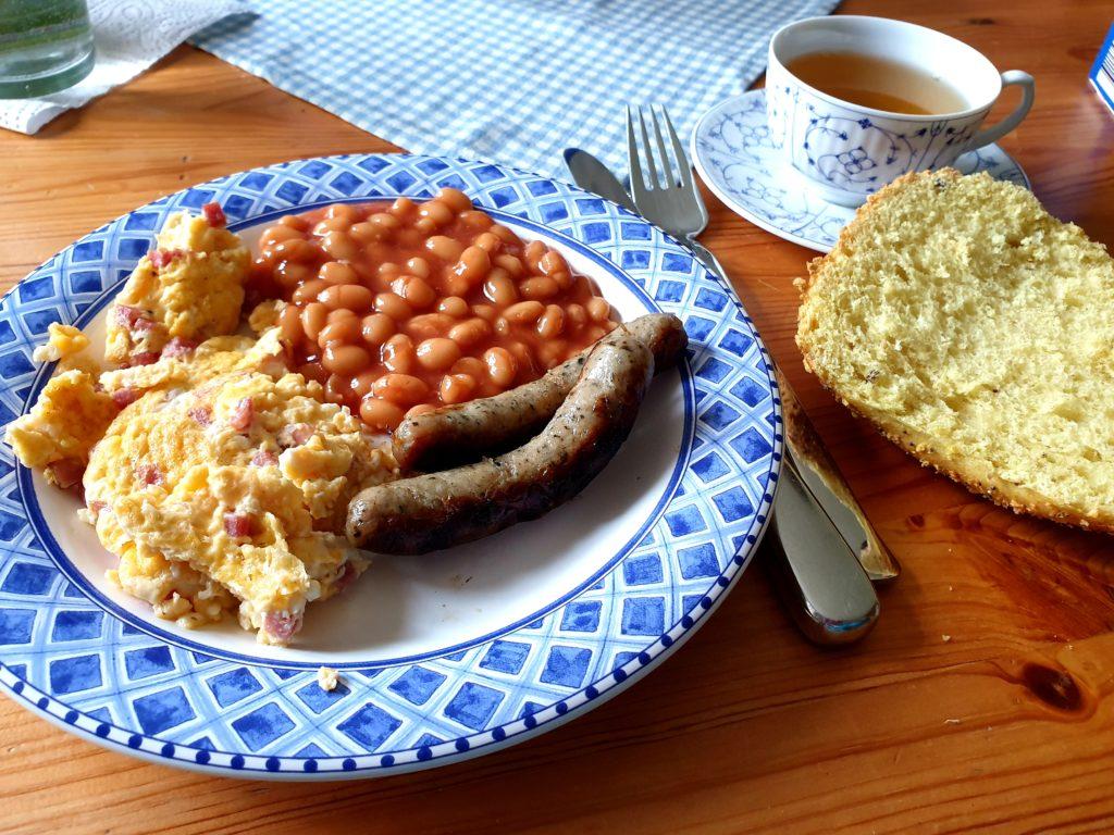 englisches Frühstück am Samstag