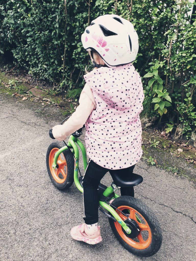 Laufradfahren zum Garten